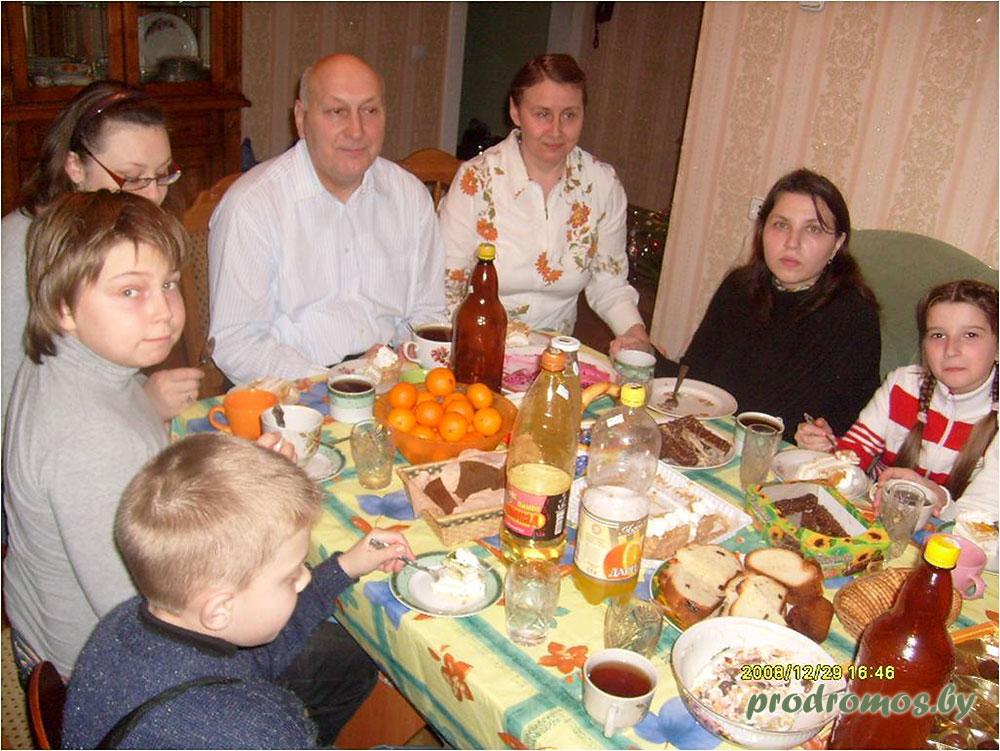 2011-01-08-15-Колядки-за-чаем-у-гостеприимных-хозяев
