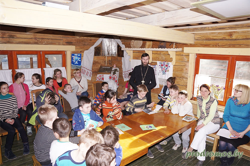 Час Книгославия 2016 2 апреля 2016 состоялось мероприяте, посвященное дню православной книги Подробнее