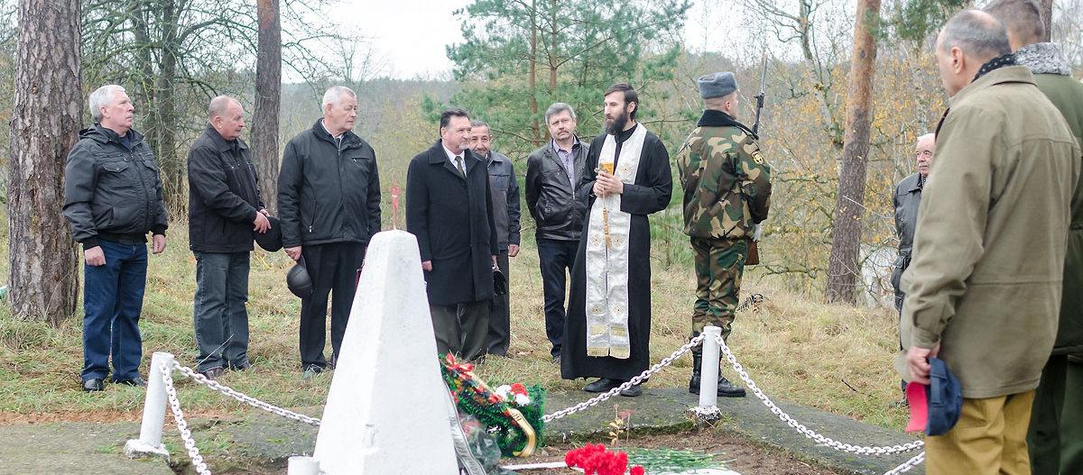 Заупокойная лития у памятника разведчикам 5 ноября 2018 5 ноября состоялась заупокойная лития у воинского захоронения на Фолюше.Подробнее