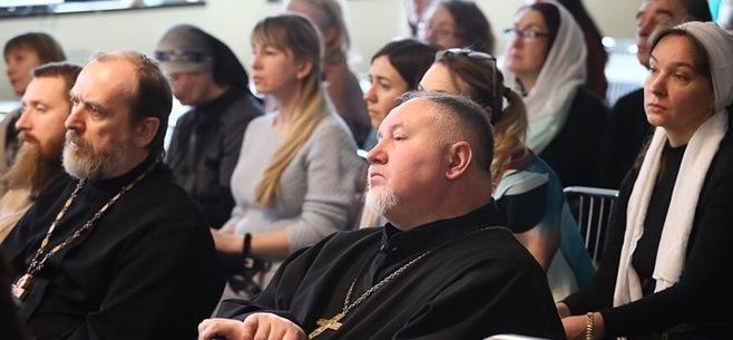 Наш преподаватель воскресной школы принял участие в семинаре-совещанииПодробнее