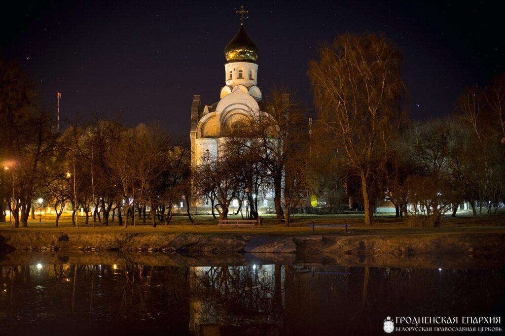 Храм-свеча памяти о всех воинах, погибших в военных конфликтах 20 века. Фото Екатерины Гордеевой.